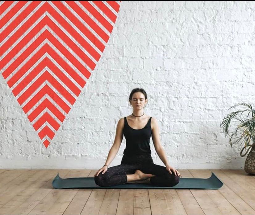 Учитель йоги выводит девочку на новый уровень своим членом
